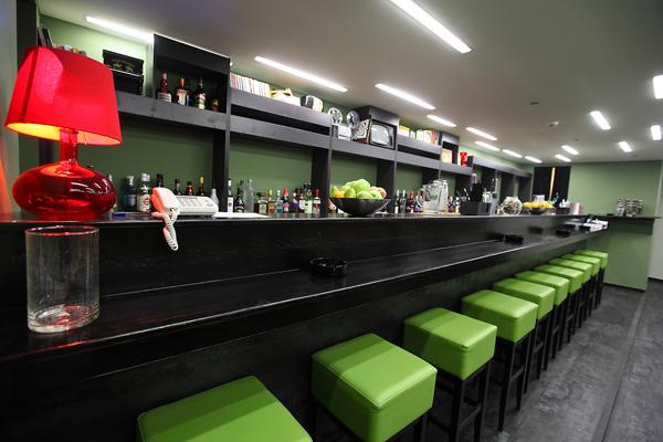 Nightclubs-02